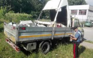 http://www.seguonews.it/butera-trasportavano-una-tonnellate-di-eternit-arrestate-quattro-persone