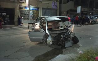 http://www.seguonews.it/caltanissetta-perde-il-controllo-della-minicar-e-finisce-su-due-auto-posteggiate-due-feriti