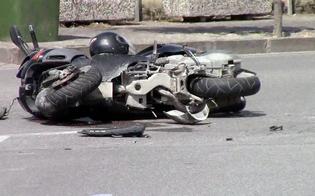 Caltanissetta, cade dalla moto: donna di 56 anni ricoverata in prognosi riservata