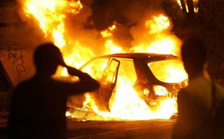 http://www.seguonews.it/gela-fiamme-a-marchitello-rogo-distrugge-le-auto-di-una-coppia-di-coniugi