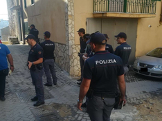 Caltanissetta, controlli in centro storico: due segnalati per possesso di stupefacenti