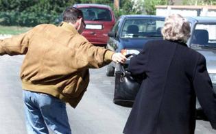 https://www.seguonews.it/riesi-le-scippano-la-borsa-e-la-fanno-cadere-anziana-ricoverata-in-ospedale