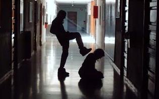 http://www.seguonews.it/picchiato-un-alunno-disabile-di-13-anni-laggressore-e-uno-studente