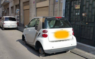 http://www.seguonews.it/caltanissetta-ladri-di-ruote-in-azione-presa-di-mira-una-smart