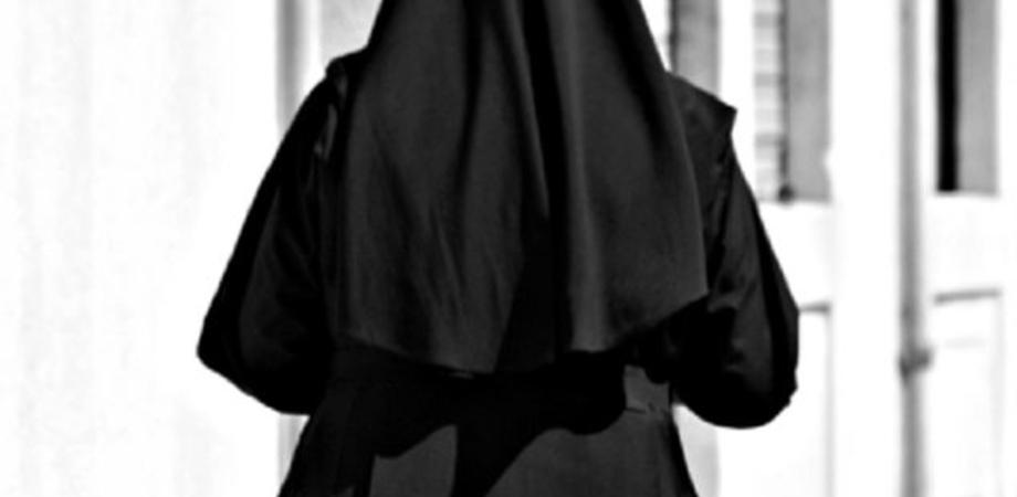 Nel frusinate suora colpisce prete con un mattone: i due stavano litigando per una donazione