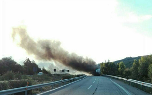 http://www.seguonews.it/autostrada-a19-tir-in-fiamme-a-ponte-cinque-archi-code-in-direzione-palermo