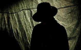 http://www.seguonews.it/e-ancora-mistero-a-mussomeli-per-luomo-nero-una-signora-colta-da-malore-due-i-sospettati