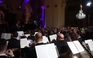 http://www.seguonews.it/gela-la-banda-musicale-maltese-sfilera-in-corteo-e-terra-un-concerto-al-teatro-eschilo