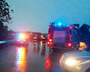 Bomba d'acqua sulla statale Gela - Catania: i detriti hanno colpito macchine in transito