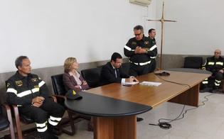 http://www.seguonews.it/il-sottosegretario-candiani-in-visita-ai-vigili-del-fuoco-potenzieremo-strutture-e-personale