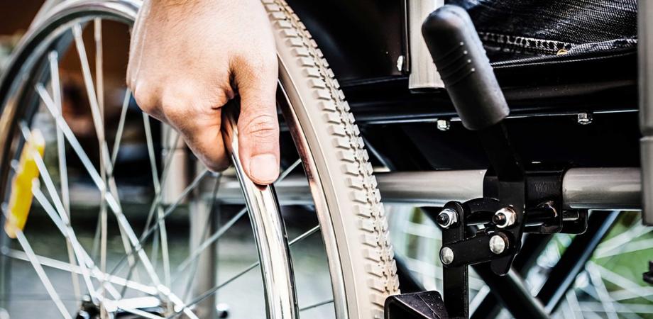Caltanissetta, a rischio la ripartenza dei servizi per i disabili nelle scuole: i genitori si appellano ai deputati