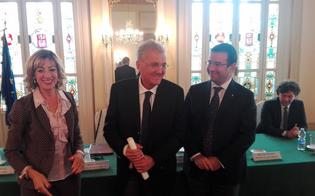 http://www.seguonews.it/onorificenza-al-procuratore-sergio-lari-lo-sento-come-un-ringraziamento-per-una-carriera-dedicata-alla-lotta-alla-mafia