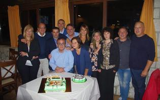 http://www.seguonews.it/caltanissetta-gli-alunni-della-scuola-san-michele-si-riuniscono-dopo-39-anni