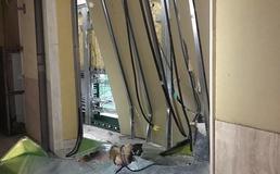 Caltanissetta, ancora una spaccata nella notte: malviventi sfondano vetrata di una sala scommesse