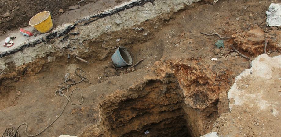 Gela, il sottosuolo restituisce una cisterna greca e un pozzo di epoca medievale. Mulè chiede di tutelare questo patrimonio
