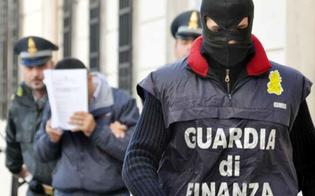 http://www.seguonews.it/mafia-e-appalti-in-corso-vasta-operazione-sotto-il-coordinamento-della-dda-di-caltanissetta