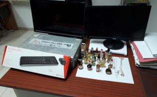 http://www.seguonews.it/san-cataldo-in-casa-con-un-pc-un-televisore-e-altri-oggetti-rubati-30enne-denunciato-per-ricettazione