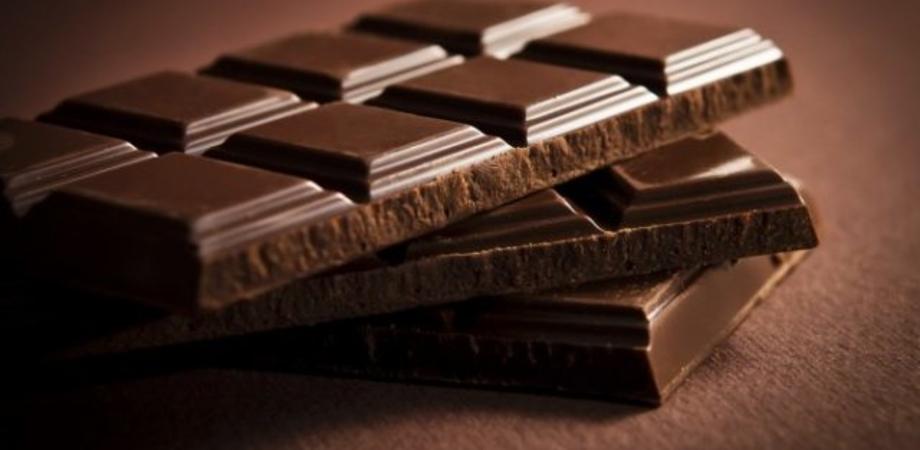 Arrestati tre ladri golosi: in auto avevano 60 confezioni di cioccolato