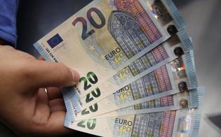 http://www.seguonews.it/san-cataldo-trovato-con-diverse-banconote-false-da-20-euro-e-alcuni-grammi-di-hashish-denunciato-un-31enne