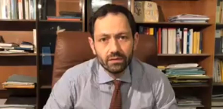 """Sospensione vaccini AstraZeneca, Razza: """"Fare chiarezza nell'interesse dei cittadini"""""""