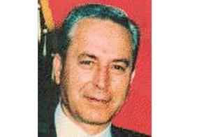 http://www.seguonews.it/gela-ha-ricordato-il-sacrificio-di-gaetano-giordano-venne-ucciso-27-anni-fa-per-non-essersi-piegato-al-pizzo
