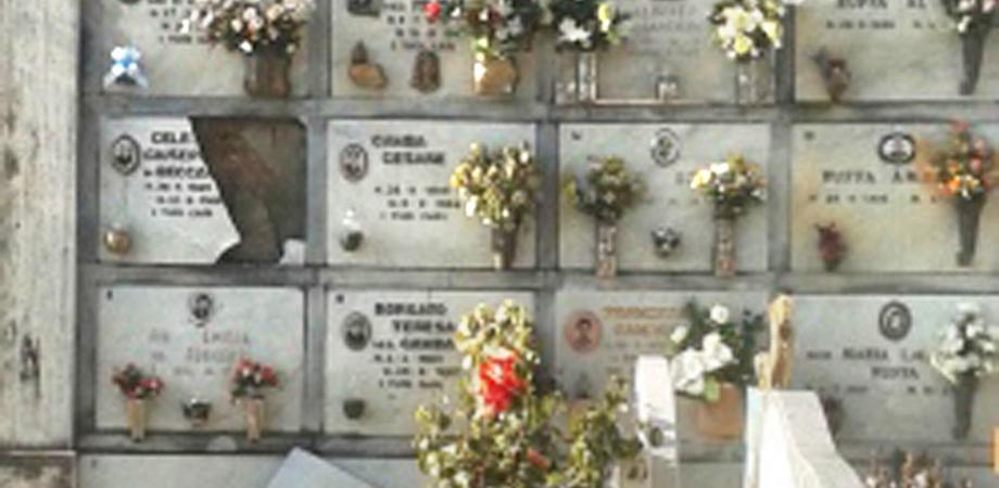 Caltanissetta, crollano alcune lapidi da un muro del Cimitero. Avviati i lavori di somma urgenza