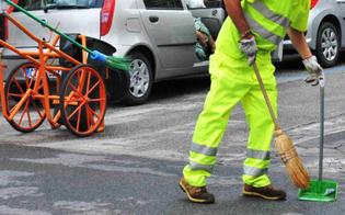 http://www.seguonews.it/serradifalco-da-dieci-mesi-senza-stipendi-protestano-i-lavoratori-dellato