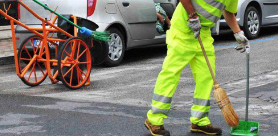 Serradifalco, da dieci mesi senza stipendi: protestano i lavoratori dell'Ato