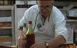 http://www.seguonews.it/caltanissetta-e-morto-il-pasticcere-alfonso-zammuto-figura-storica-della-citta