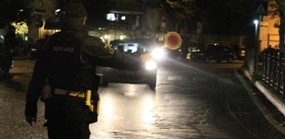 Caltanissetta, controlli della Polizia Municipale nei week end: multe per mancato utilizzo della cintura e uso del cellulare alla guida