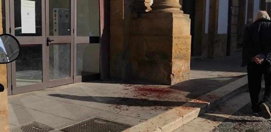 Caltanissetta, giovane accoltellato nella notte in Centro Storico: indaga la polizia