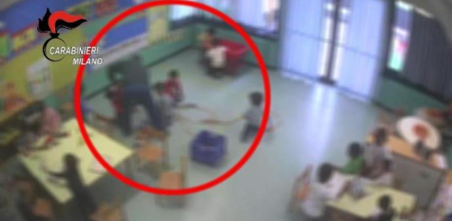 Pugni e calci ai bambini di una scuola per dell段nfanzia: arrestato un maestro