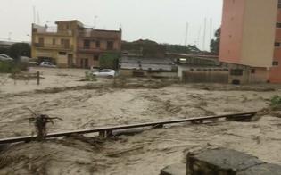 Maltempo, la Sicilia è in ginocchio. Strade trasformate in fiumi. Chiuso un tratto della Caltanissetta-Agrigento