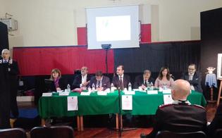 http://www.seguonews.it/caltanissetta-stalking-bullismo-e-mobbing-nella-sede-dellassociazione-nazionale-carabinieri-gli-esperti-parlano-agli-studenti