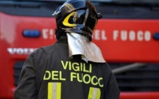 http://www.seguonews.it/mantova-da-fuoco-alla-casa-con-dentro-il-figlio-morto-bambino-di-11-anni