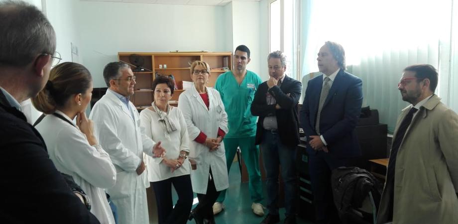 """Caltanissetta, il sindaco Ruvolo in visita al reparto di Cardiologia: """"Un grazie ai medici a nome della città"""""""