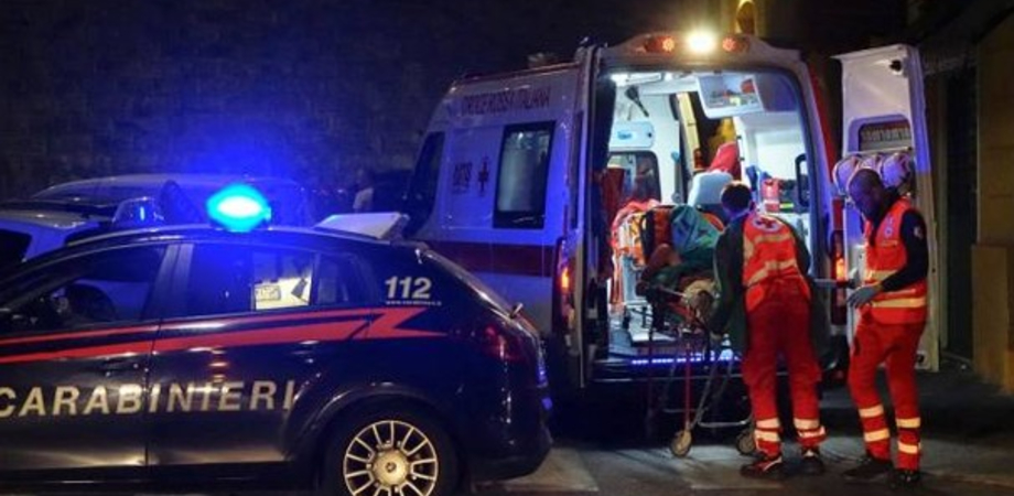 Caltanissetta, donna picchiata violentemente dal compagno finisce in ospedale. Intervengono i carabinieri