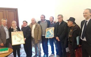 https://www.seguonews.it/-dal-14-al-16-dicembre-arriva-turruniil-festival-del-torrone-caltanissetta-