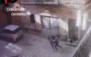 http://www.seguonews.it/gela-ragazza-di-17-anni-accoltello-una-sua-coetanea-rimane-in-carcere