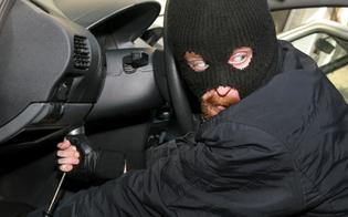 http://www.seguonews.it/caltanissetta-ladri-rompono-finestrino-di-un-furgone-e-rubano-gli-attrezzi