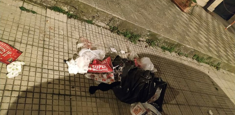 """Cittadini infuriati a Caltanissetta: """"Ecco gli effetti della differenziata al quartiere San Luca"""""""