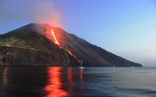 http://www.seguonews.it/dopo-letna-si-sveglia-anche-lo-stromboli-con-lancio-di-lapilli-e-cenere