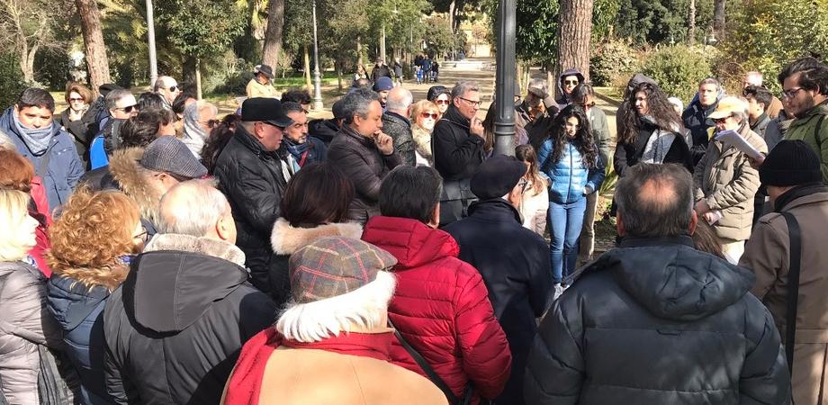 Caltanissetta, atti vandalici: il sindaco si rivolge alla città e annuncia che presto gli Rmi si prenderanno cura del verde pubblico
