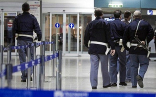 Ricercato dal Tribunale di Gela e condannato prova a prendere un volo per Bucarest ma viene arrestato