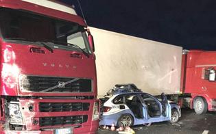 http://www.seguonews.it/incidente-sulla-catania-messina-tre-morti-e-due-feriti-travolto-e-ucciso-anche-un-poliziotto-della-stradale