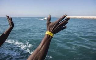http://www.seguonews.it/-facciamoliscendere-dalla-sea-watch-associazioni-chiedono-lo-sbarco-dei-47-migranti-a-bordo-dellimbarcazione-