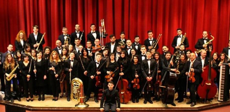 Caltanissetta, l'omaggio a Morricone della Giovane orchestra Sicula. A dirigerla un giovane di 22 anni