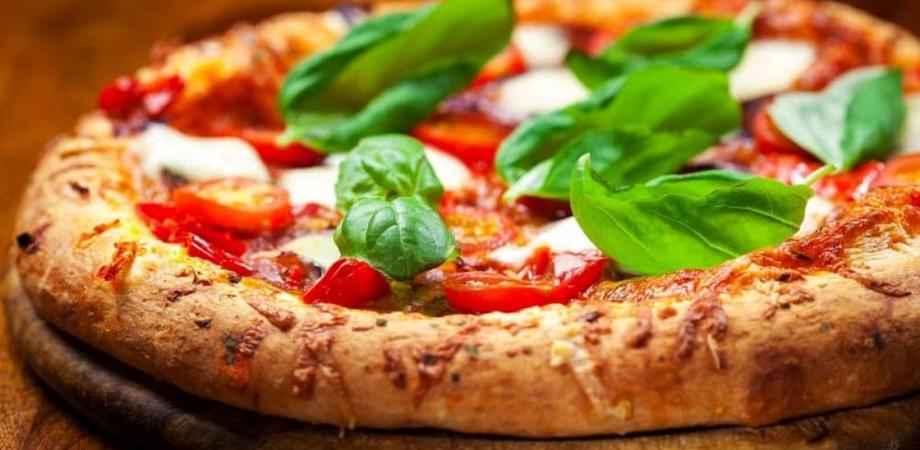 """""""Pizza, quanto ne sai veramente?"""" Marco Celeschi svela i segreti di uno degli alimenti più amati dagli italiani"""