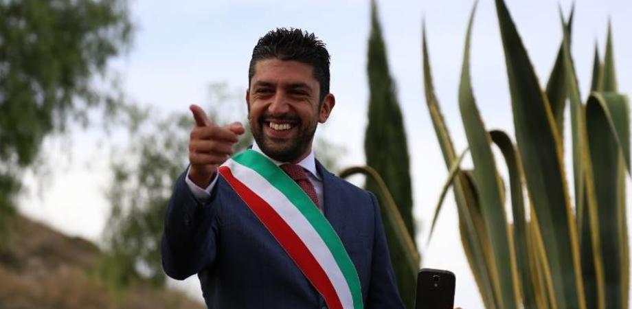 """Decreto Salvini, il sindaco di Montedoro dalla parte di Orlando: """"Il nostro Comune modello di integrazione, no a chi fomenta odio"""""""