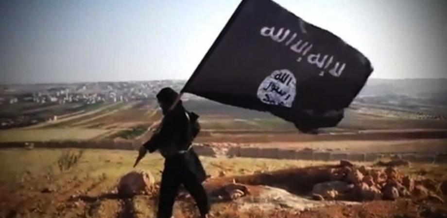 Istigava al terrorismo: arrestato catanese convertito all'Islam